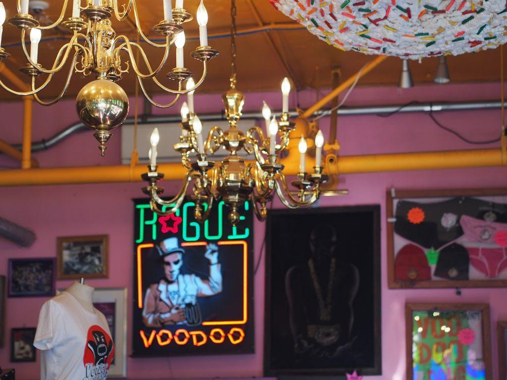 voodoo-doughnut-6