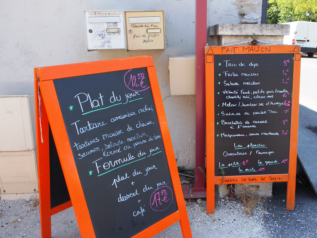 Nestor-Provence-Sorgue-SousLaRobe-3